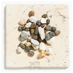 Неорганичен мулч от камъни